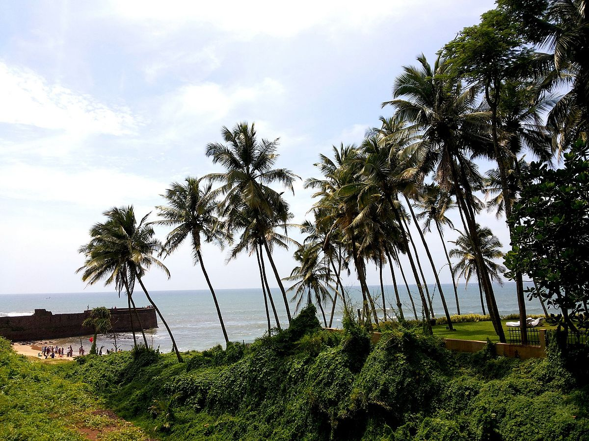Travel place to visit in goa and beach attractions