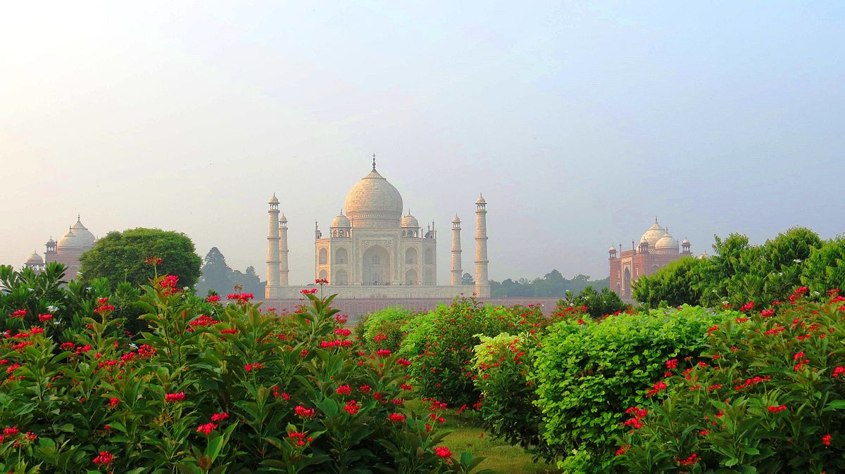 Best tourist places to Visit in Agra