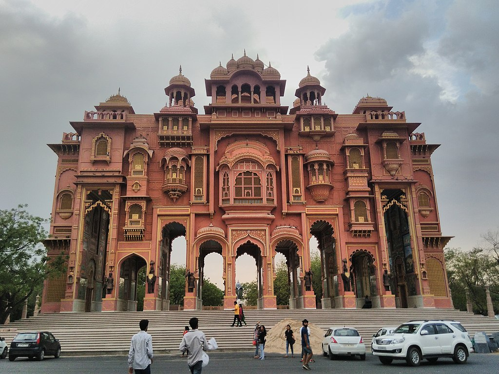 10 Best places to visit in Jaipur with sightseeing and tourist attractions