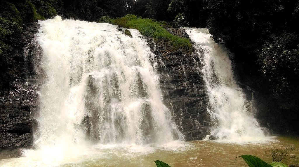 Manjehalli Waterfalls