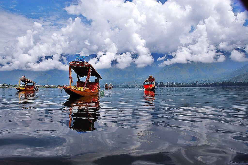 Top 10 Places to Visit in Srinagar and Jammu